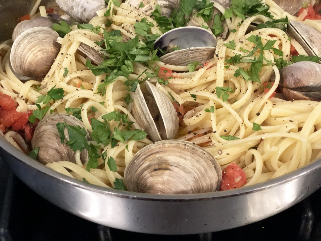 Linguini and Clams in a large pan