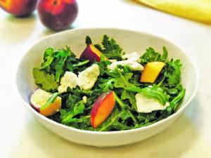 Arugula, Peach Salad with Mozzarella